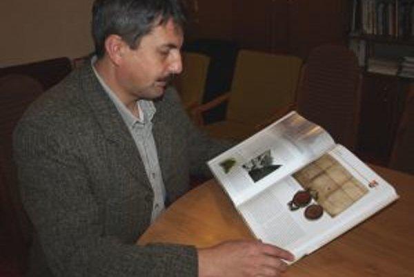 Starosta Peter Džubek je s konečnou verziou monografie nadmieru spokojný.