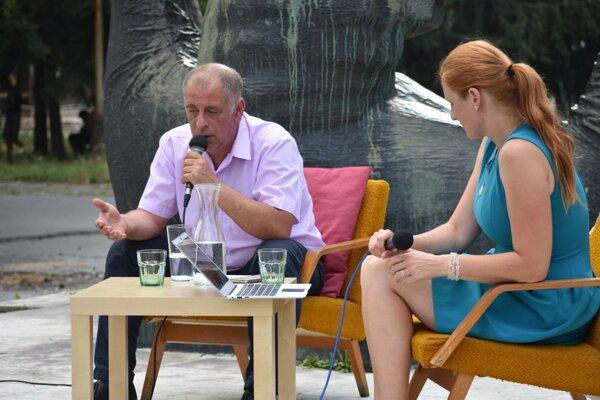 Diskusia s detským lekárom Igorom Steinerom.
