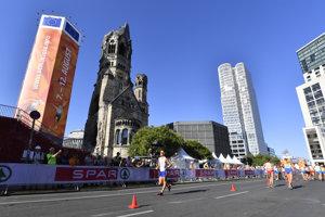 Olympijský víťaz, slovenský chodec Matej Tóth na trati pretekov v chôdzi mužov na 50 km na ME.