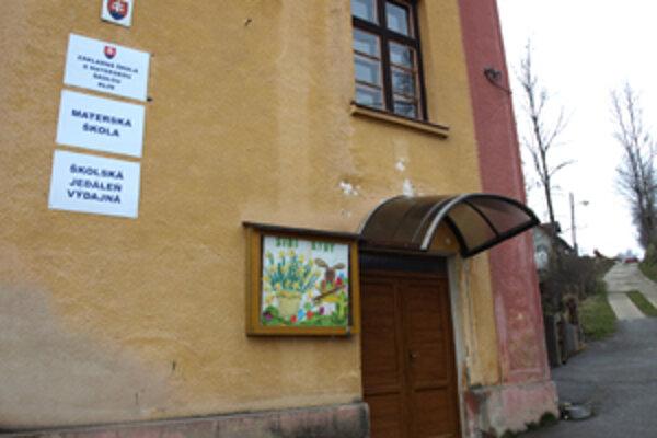Peniaze, ktorá obec ušetrí na prevádzke starej budovy, použije na rekonštrukciu podkrovia.