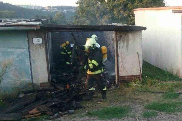 Požiar garáže v Prievidzi.