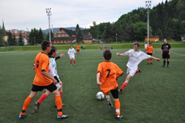 Mesto predalo pozemky pod ihriskom s umelou trávou aj s plotom za takmer 425-tisíc eur.