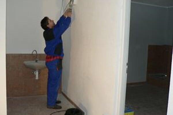 Stavebné práce na centre osobnej hygieny, ktoré sa bude nachádzať na Ťatliakovej ulici, v týchto dňoch finišujú.