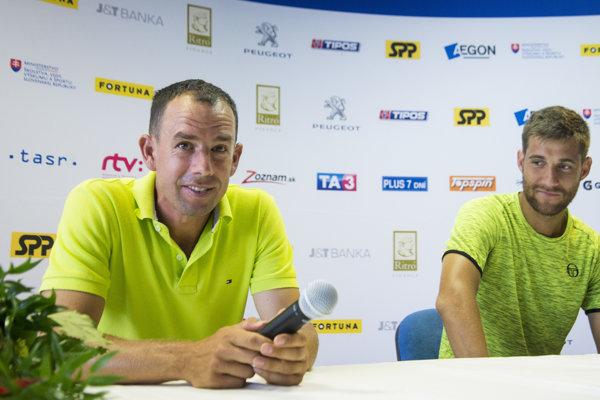 Sprava tenista Martin Kližan a jeho tréner Dominik Hrbatý.
