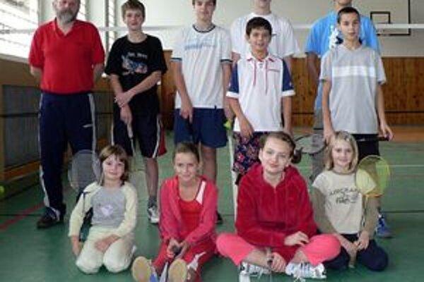 Okrem dospelých štartovali na turnaji aj mladí nádejní bedmintonisti.