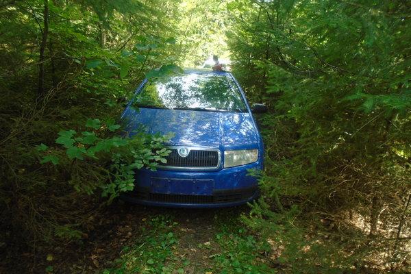 Kradnuté vozidlo našli policajti v časti Milošová - Megoňky.
