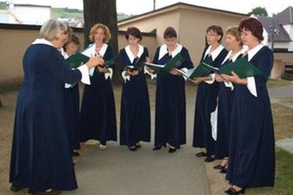 Zbor z Maďarska krátko pred sobotňajším vystúpením.