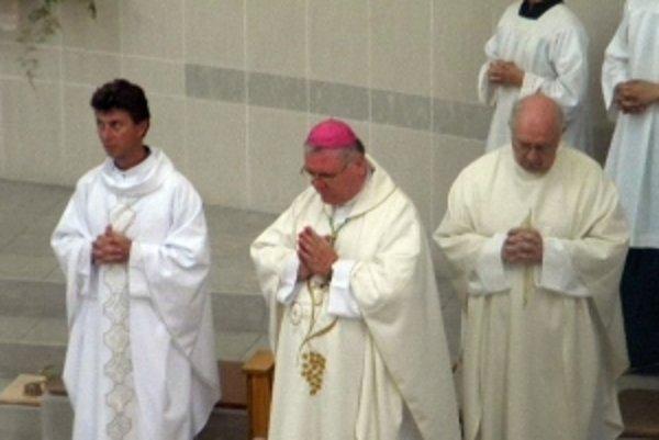 Zriadenie farnosti vyhlásil žilinský biskup Tomáš Galis.