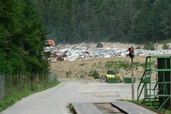 Oravčania vyprodukujú ročne tisícky ton odpadu. Anglická spoločnosť má záujem spracovávať ho na palivo.