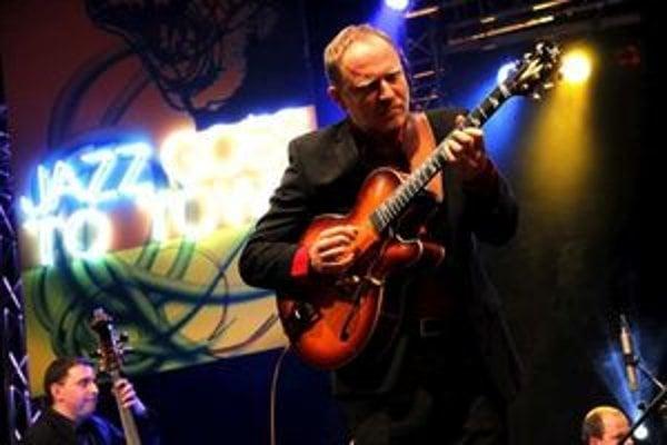 Matúš Jakabčic zahrá v Dolnom Kubíne s CZ-SK Big Band.