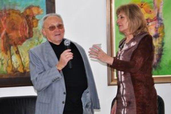 Autor Ján Štepita so svojou žiačkou Oľgou Feldekovou.
