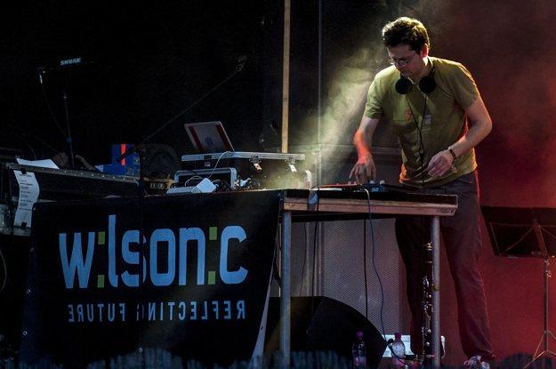 Aj česká skupina Floex vystúpila na festivale elektronickej hudby Wilsonic v roku 2012.