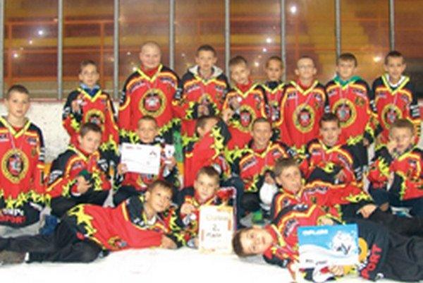 Mladí hokejisti - 5. ŠHT.