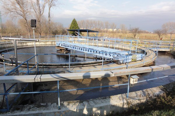 Topoľčianska čistiareň odpadových vôd.