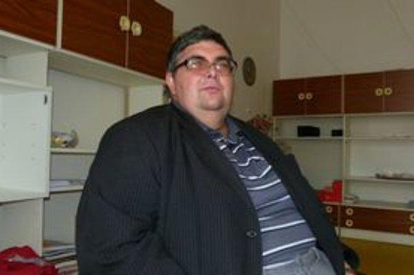 Jozef Hasák chce zmeniť na chránenú dielňu aj kuchyňu.