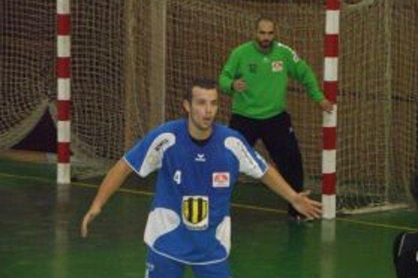 Martin Mokriš strelil v zápase osem gólov.