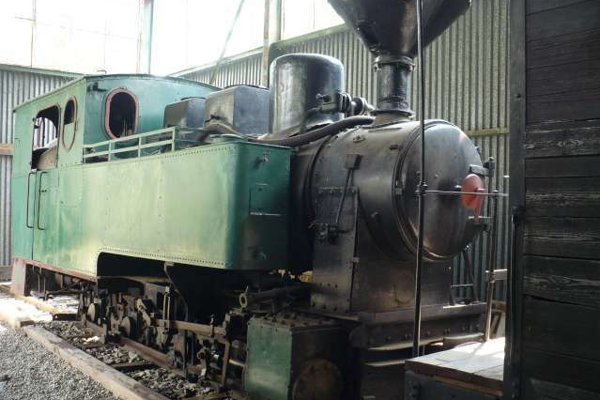 """Fotografia lokomotívy O&K 5855 (""""Herta"""", r.v. 1913 v múzeu Liptovskej dediny v Pribiline."""