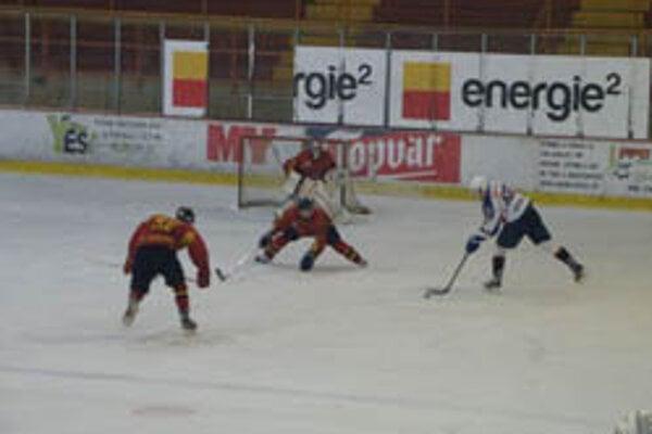 Hokejisti Topoľčian majú už po sezóne.
