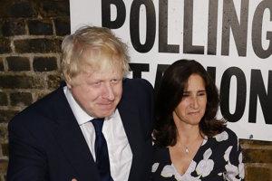 Boris Johson so svojou manželkou.