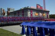 Severná Kórea práve usporiadala prehliadku, oslavujúc 70. výročie svojho vzniku.