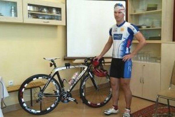 Marek Harčarík holduje ultracyklistike.