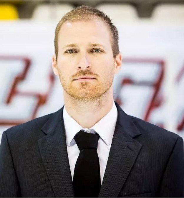 Športový riaditeľ Maďarského zväzu ľadového hokeja  Egri Gergely.