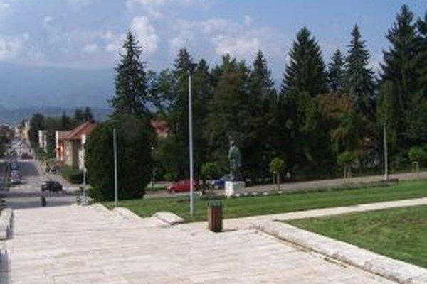 Jednou z nosných investícií Martina v minulom roku bola aj rekonštrukcia schodov a terás pres SNM.