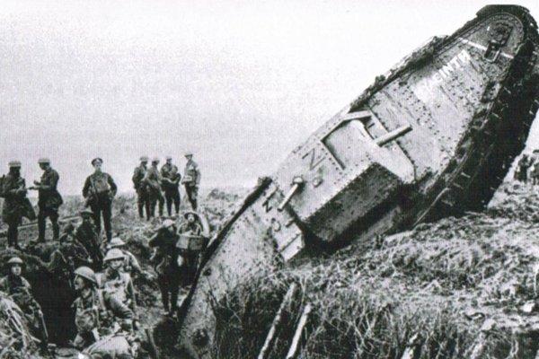 Britský tank na západnom fronte.