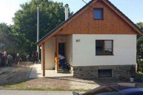 V Sklenom si poľovníci vybudovali vlastný dom.