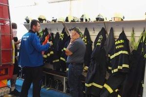 Pobedimských dobrovoľných hasičov prišli pozrieť kolegovia z USA.