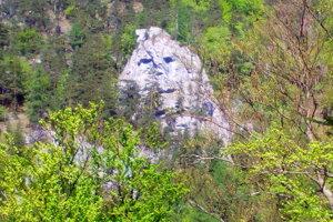 2.Ján Hučko, Žilina, Jánošík v skalách