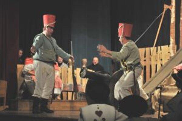 Spevohru Maľované na skle v podaní divadelníkov zo Žabokriek si obľúbil celý Turiec.