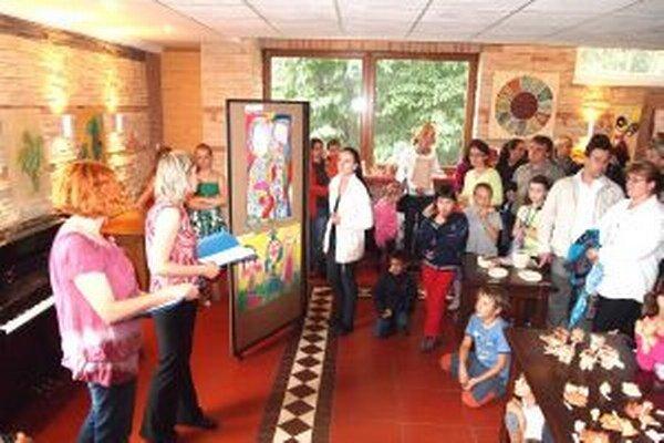 Šikovní výtvarníci zo SZUŠ M. Haľamovej ukončili školský rok.