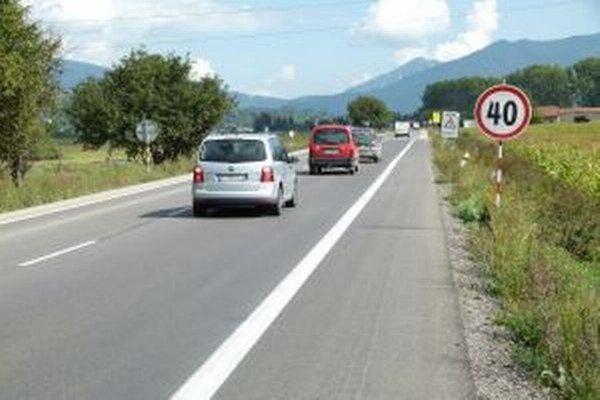 Za Sučanmi v smere do Turian dostal pokutu už nejeden vodič.