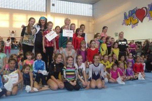 Turčianske gymnastky spolu so športovkyňami v Liptovského Mikuláša a Bratislavy.