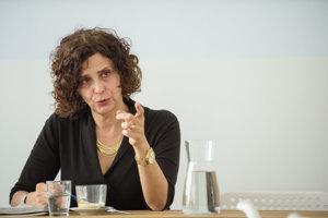 Tina Rosenberg.