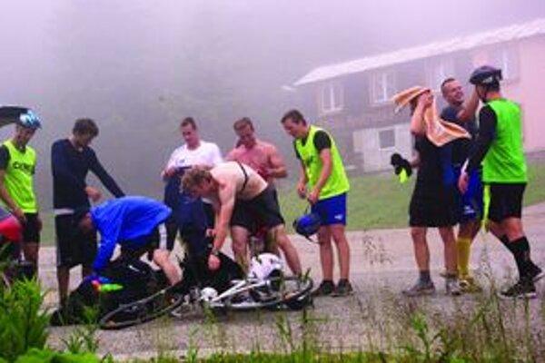 V cieli cyklistickej etapy na Martinských holiach už mali chalani dobrú náladu.