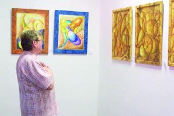 Výstava je inštalovaná v Turčianske knižnici.