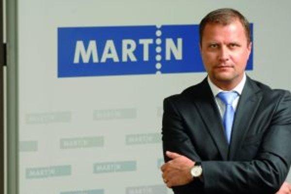Primátor Martina Andrej Hrnčiar bude brať od júla plat 4 139 eur.