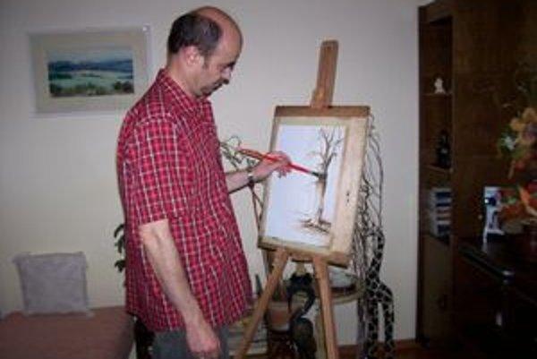 Vladimír Štefanovič sa časom naučil robiť činnosti rovnako dobre oboma rukami. Maľuje však zásadne ľavou.