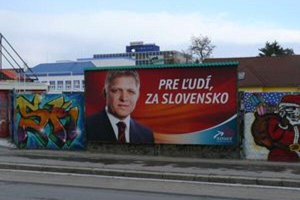 Strany budú ťahať lídri. Oficiálna kampaň ešte nezačala, tá neoficiálna beží už dávno.