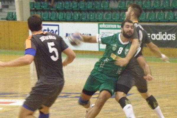 Najlepším strelcom Novozámčanov v Modre bol Ivan Veréb (8).