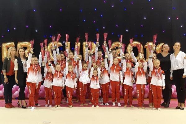 Bardejovské moderné gymnastky na medzinárodnej súťaži (FOTO: ARCHÍV KMG DELTA LASER)