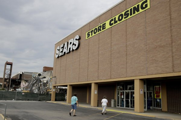 Zatvorený obchodný dom Sears.