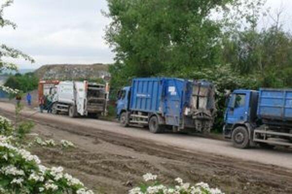 Vývoz na najväčšiu skládku v Trenčianskom kraji.