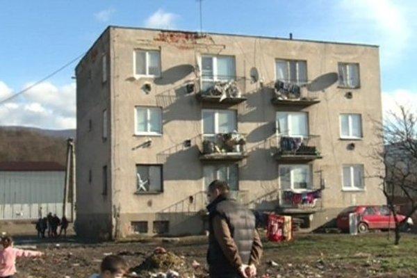 V Nižnej Myšli žijú stovky Rómov v ťažkých podmienkach.