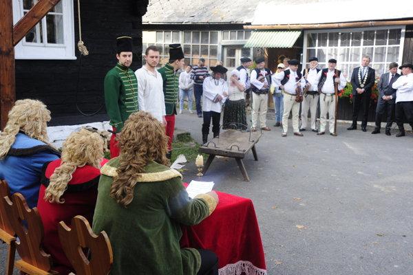 Zmier podpísali v rodnej osade Juraja Jánošíka.