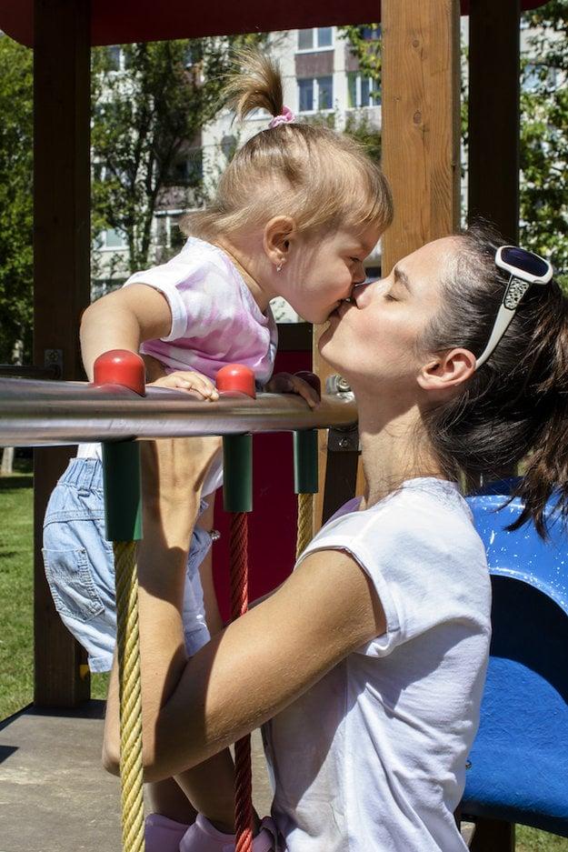 Michaela Ďurošková s dcérkou Lilien.