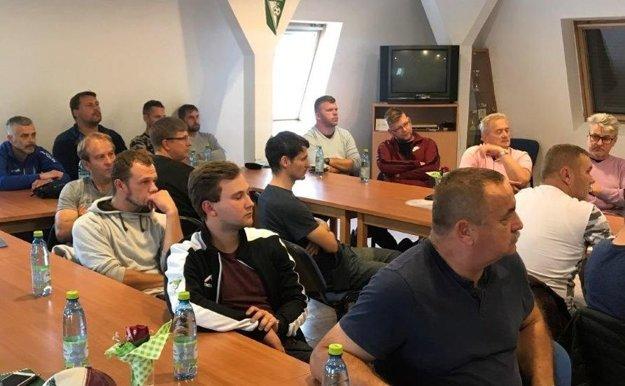 Časť zúčastnených trénerov ObFZ.