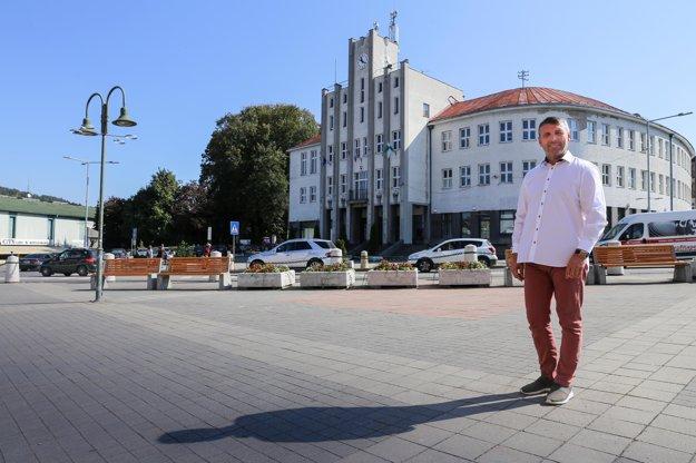 Ako poslanec som zastavil dosť nevýhodné akcie pre mesto Čadca.